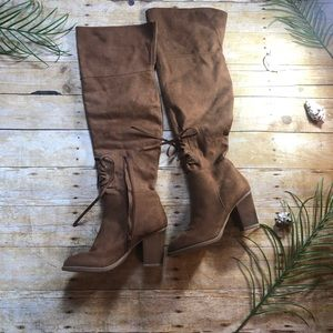 😁🌊☀️Over The Knee Brown Boots NWT☀️🌊😁